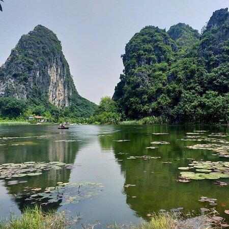 Day trip to Ninh Binh, one of the most beautiful landscape in North of Vietnam. Keep an eye as Halong Bay on land #toursbylocals #ninhbinhtour #tamcoc #trangan #rentacarinhanoi  More information: webpage: https://tourguidevietnam.com