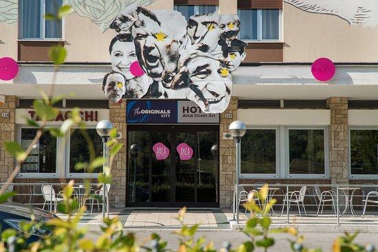 Arca Street Art Hotel