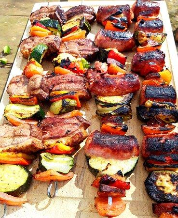 Brochettes de bœuf  et de canard