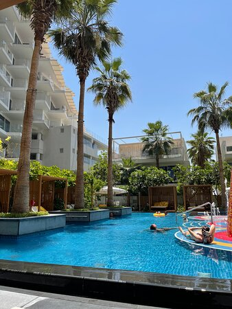 Stay at Five Palm Jumeirah