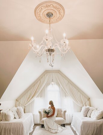 Our amazing two room bridal suite
