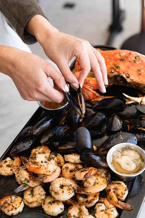 Mussels, Shrimp and Crab
