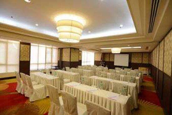 Meeting RoomClassroom