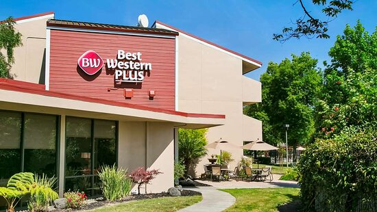 Welcome to the BEST WESTERN Plus Gar
