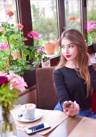 Самое время развеяться и собраться с друзьями в любимом кафе!🤗  Хорошее настроение и заряд позетива гарантирован!✨