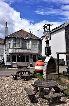 3.  William the Conqueror, Rye Harbour, Rye, East Sussex