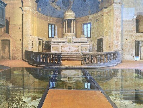Chiesa Vecchia Di San Pietro