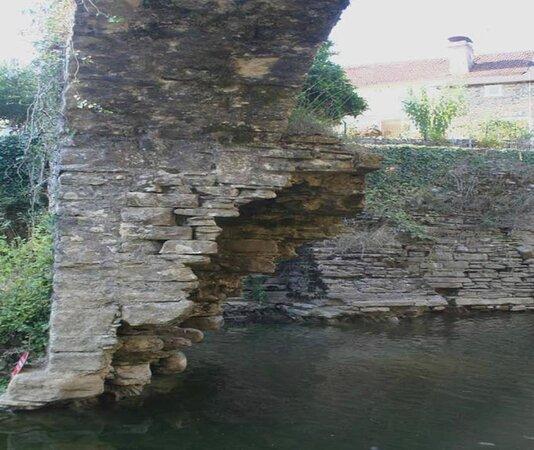 Pont Et Moulin A Eau De Saucede