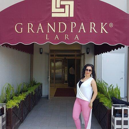 Grand Park Otel