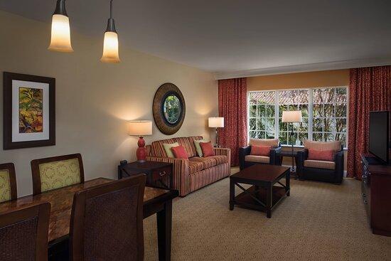 Two & Three-Bedroom Villa - Living & Dining Room
