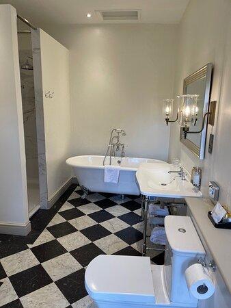 Capt broderick room - Bathroom