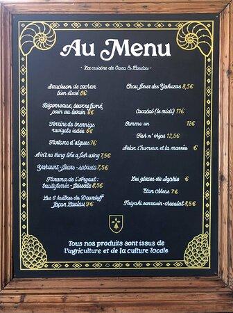 Le menu change régulièrement ! Tous nos plats sont réalisés avec des produits locaux issus de petits producteurs.