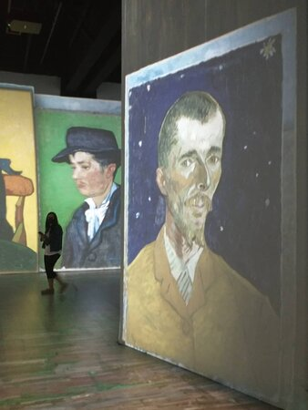 Van Gogh Miami Experience