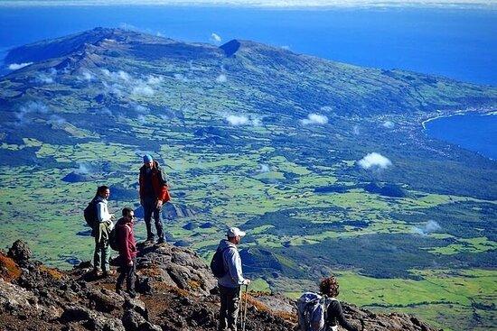 Scala il monte Pico con una guida professionista