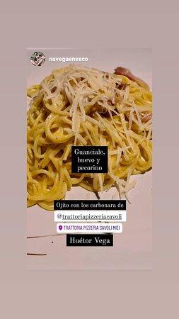 Porfín un italiano en huetor vega,pedimos unos espagueti carbonara auténticos con su guanciale y su pecorino romano y muy import