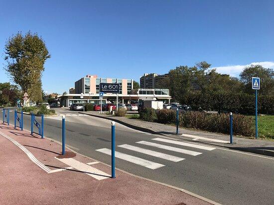 Centre Commercial Le 601