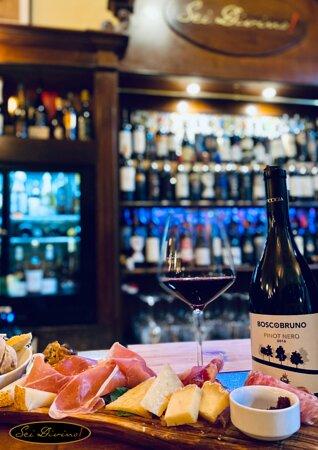Vineria toscana! Solo vini toscani, grandi salumi e cucina casereccia