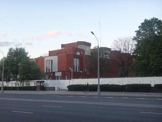Здание Посольства Франции, ул. Большая Якиманка, 45 Embassy of France, st. Bolshaya Yakimanka, 45