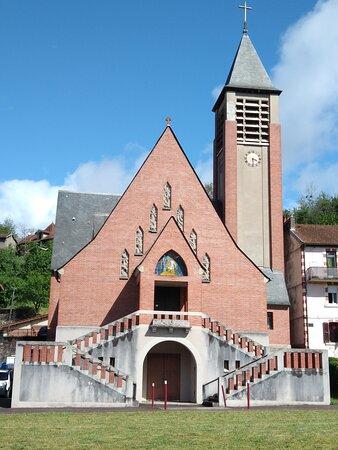 Extérieur de l'église Notre dame des mines