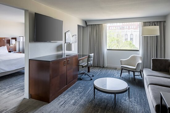 One-Bedroom Accessible Suite