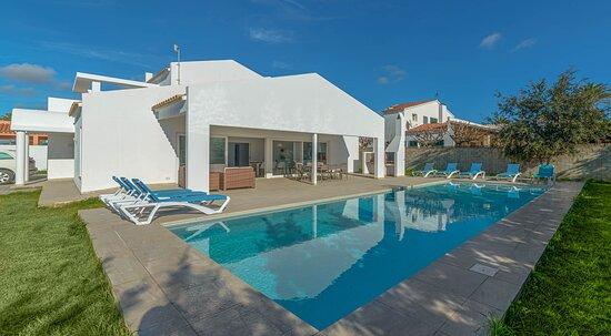 Villa Son Blanc para 8 personas dispone de piscina privada de 70 metros cuadrados