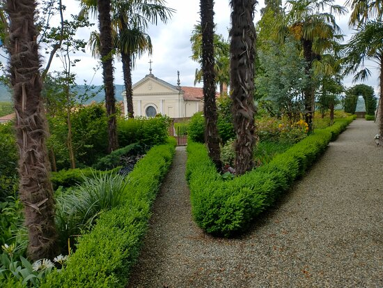 Casalborgone, Italie : Dentro i giardini
