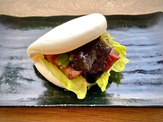 Bao bun with pork belly