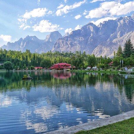 Hunza,Gilgit,skardu,khaplu ganche
