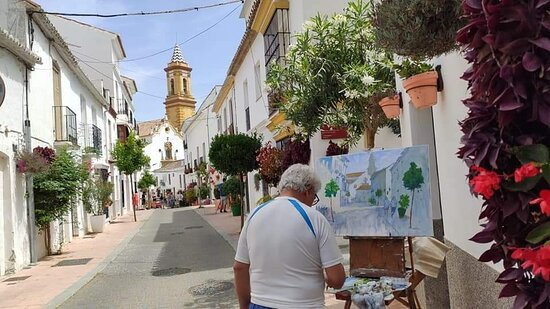 Artists at work, May 2021, the Outdoor Painting Competition in the Old Town