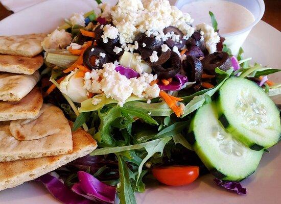 Brew Bomb Pita Salad