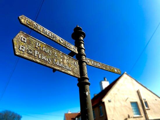 A trip to holy island!! Alnwick castle!