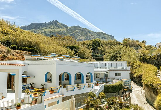 solarium - Picture of Hotel  Cava dell'isola, Isola d'Ischia - Tripadvisor