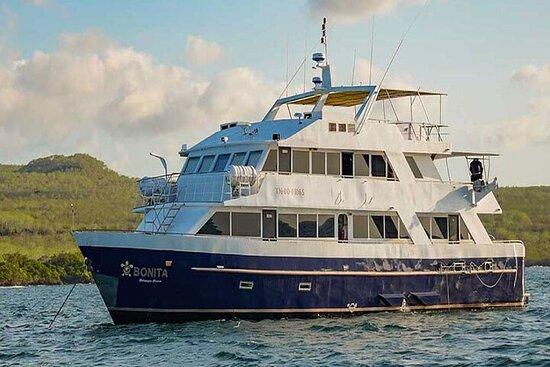 5 Days Galapagos Explorer Cruise