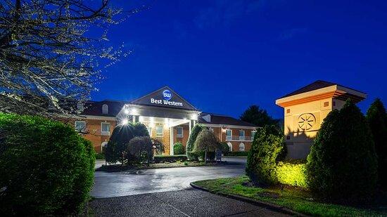 Best Western Spring Hill Inn & Suites Exterior