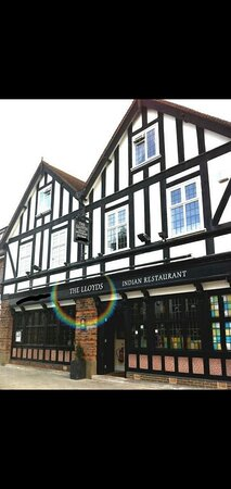 The Lloyds Knowle Restaurant
