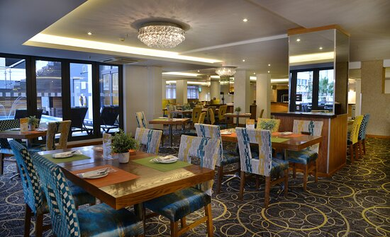 Pictures of Cresta Grande Cape Town Hotel - Cape Town Central Photos - Tripadvisor
