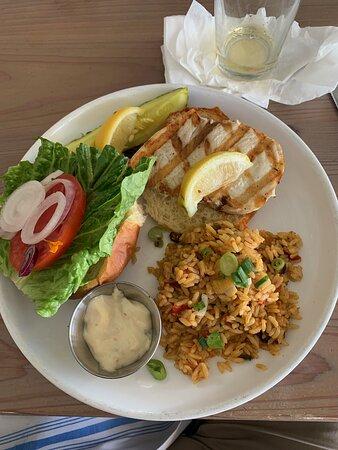 Fish sandwich (swordfish)