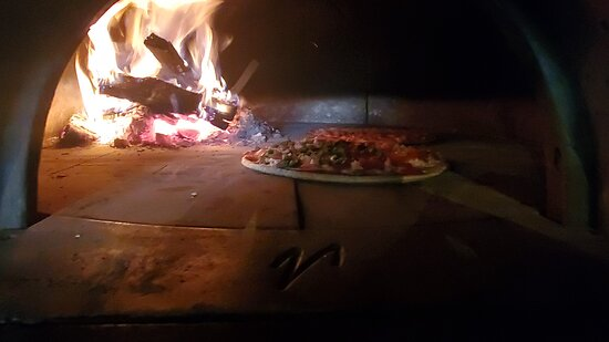 Baxter Springs, KS: One of our signature wood fire pizzas.
