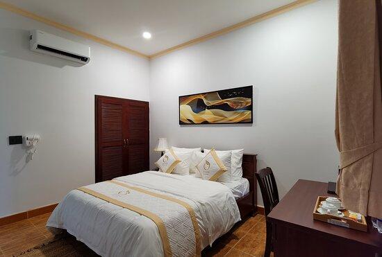 Phòng ngủ Apricot room