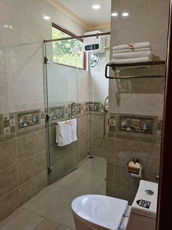 Phòng tắm Apricot room