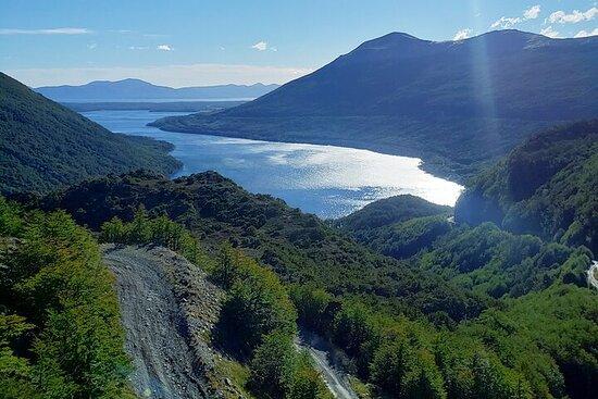 Visite des lacs Escondido et Fagnano au départ d'Ushuaia avec brunch