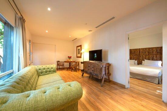 Piscina - Picture of Hotel Huerto Del Cura, Elche - Tripadvisor