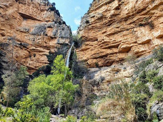 Castillo de Villamalefa, Spain: Waterfall