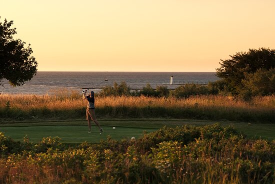 Manistee Golf & Country Club