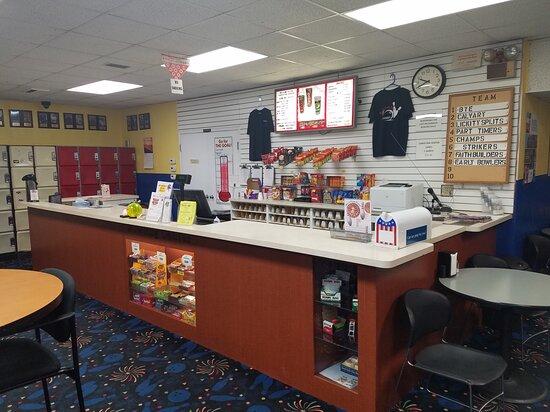 Bowling Center Counter