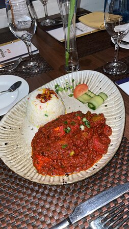Sylheti special - Succulent diced chicken tikka pieces marinated in selected spices & scotch bonnet. An authentic dish bursting with flavour.