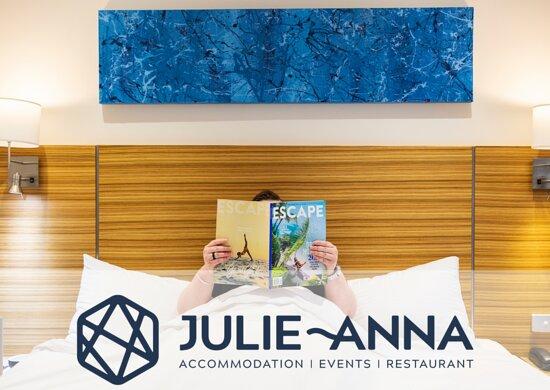 STAY at the Julie-Anna Inn, Bendigo