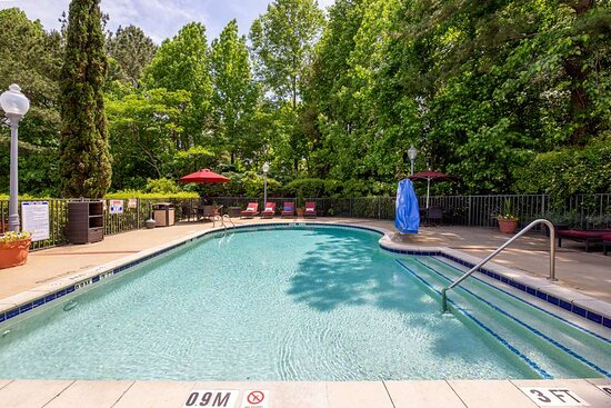 Hampton Inn & Suites Raleigh/Cary-I-40 (PNC Arena), hoteles en Raleigh