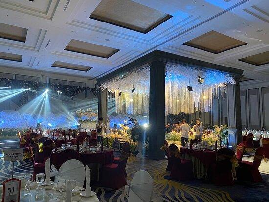 Marry me at Novotel Pekanbaru's Grandballroom. For Inquiries +628117578699