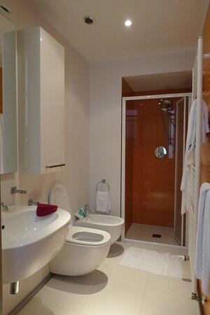 Mantua, Le Residenze di Mantova, bathroom